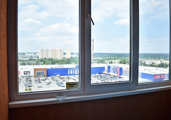 2-к. квартира на сутки в Киеве, ул. Богатырская 6а, 15 этаж