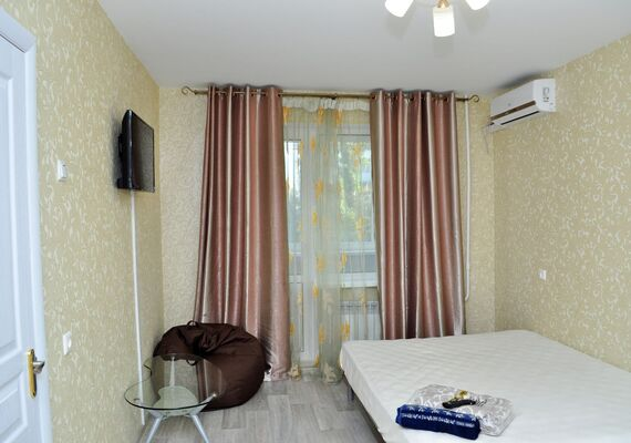 2-bedroom apartment, avenue Geroev Staligrada 17