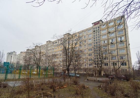2-bedroom apartment, avenue Geroev Staligrada 17