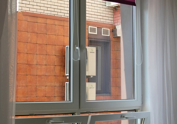 2-bedroom apartment, P. Kalnischevskogo street 7, 4 section