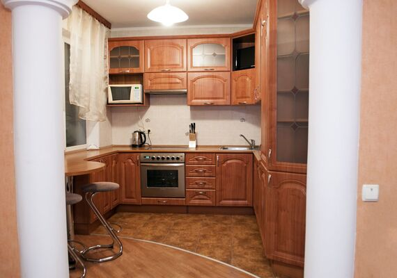 3-bedrooms apartment on the Ozerna street 8